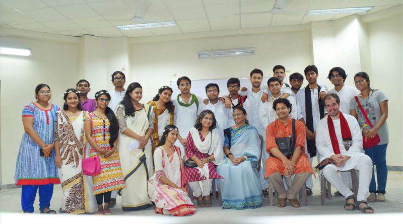 Λυσιστράτη από Ινδικό φοιτητικό θίασο. Σάββατο στις 7 μμ, ελεύθερη είσοδος