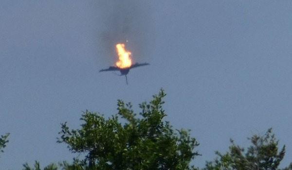 Συντριβή μαχητικών στη Γερμανία – Νεκρός ο ένας πιλότος. Σοκαριστικό Βίντεο