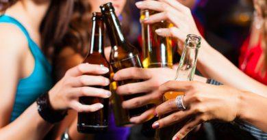 Χανιά: Λουκέτο σε δύο μπαρ για παραβίαση των μέτρων για τον κορονοϊό