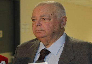 Απεβίωσε ο καθηγητής Σίμος Σιμόπουλος