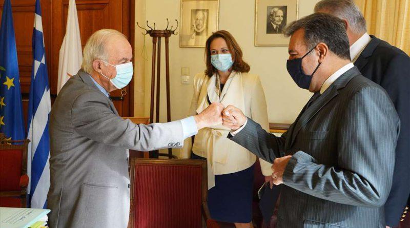 Δήμαρχος Ηρακλείου: « Έχουμε πολύ καλή συνεργασία με το Υπουργείο Τουρισμού για την αντιμετώπιση των συνεπειών της Πανδημίας»